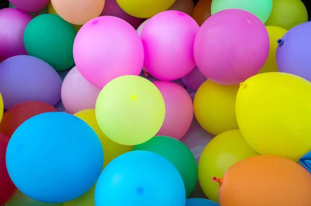 How to Get Dog Hair Out of Clothes Using  Static Electricity | Lots of colorful balloons