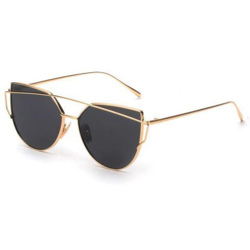 Cat Eye Elegant Sunglasses Stunning Pets gold with black