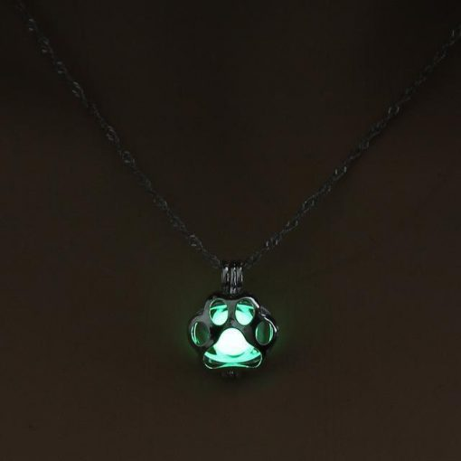 Glow in the Dark Paw necklace Stunning Pets 3