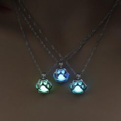 Glow in the Dark Paw necklace Stunning Pets