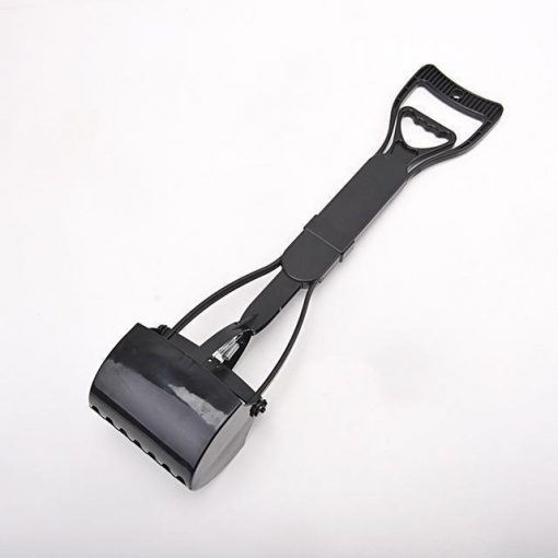 No more collecting feces with Long Handle Pooper Scooper Stunning Pets BLACK L