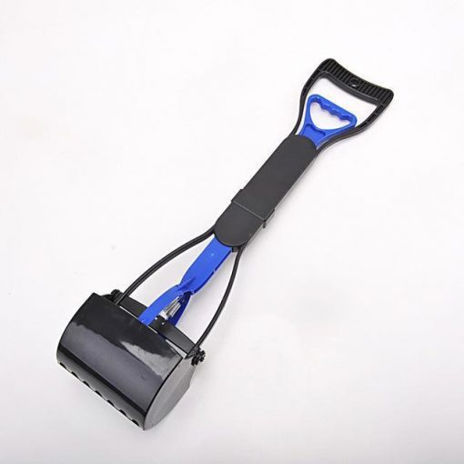 No more collecting feces with Long Handle Pooper Scooper Stunning Pets BLUE L