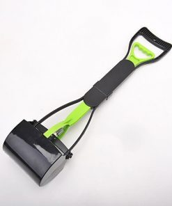 No more collecting feces with Long Handle Pooper Scooper Stunning Pets GREEN L