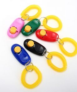 Training Clicker Obedience Aid For Pets + Light Weight Wrist Strap Stunning Pets